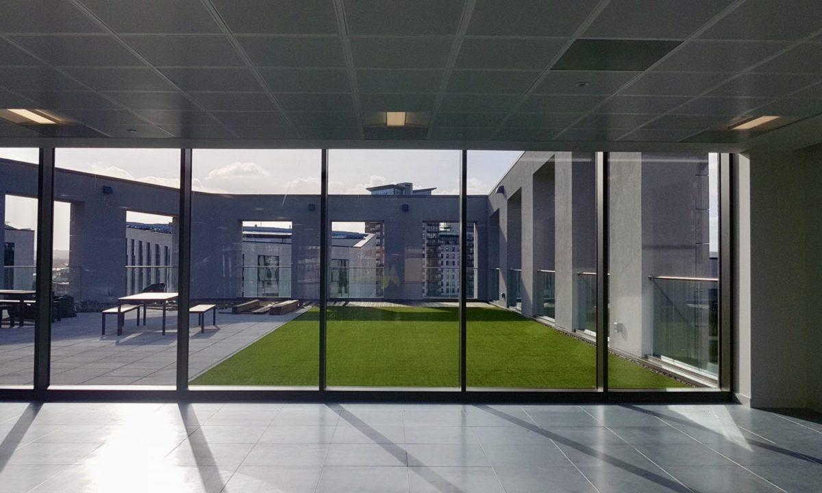 easigrass-yorkshire-case-studies-Belgravia-Commercial-Rooftop-Wellington-Place-Leeds-City-Centre-3-scaled