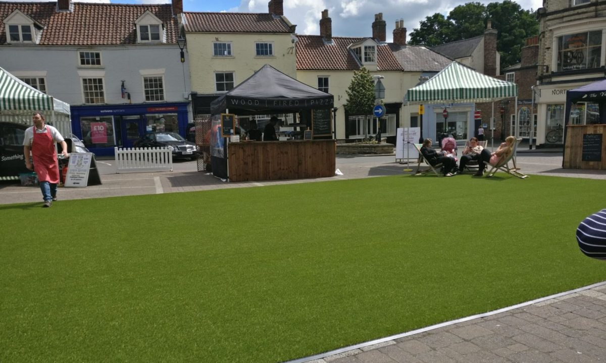 easigrass-yorkshire-case-studies-EasiPlay-Commercial-Malton-Food-Festival-scaled