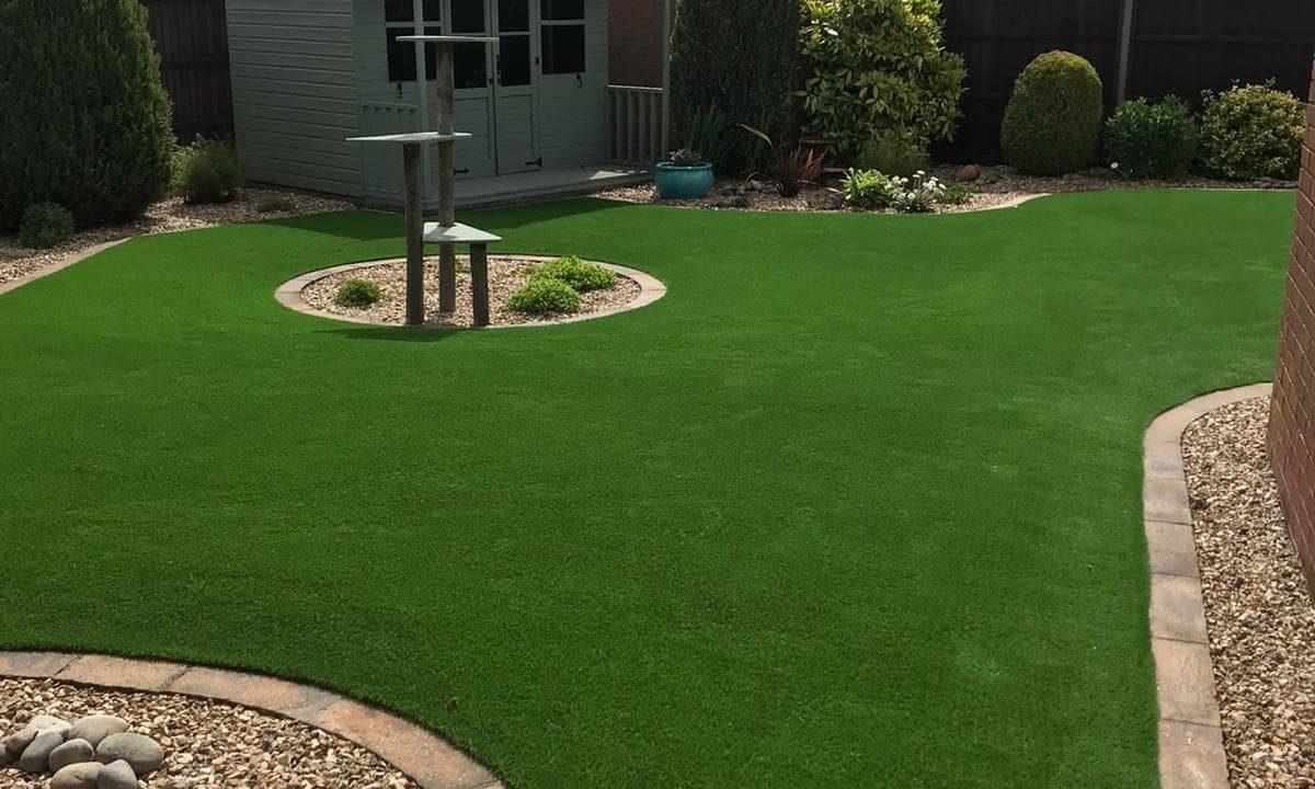 Artificial grass for gardens 5 - Easigrass East Riding